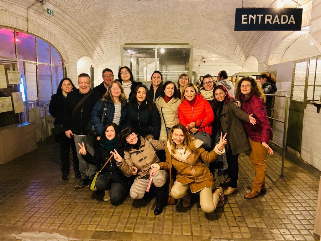 salida metro maria rus